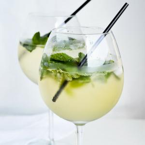 Hugo Refreshing Cocktail
